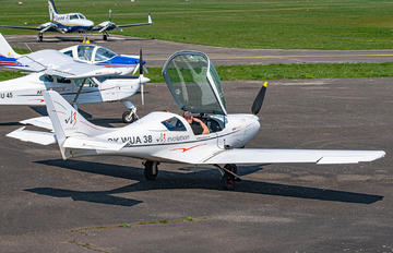 OK-WUA38 - Private Aveko VL-3 Sprint