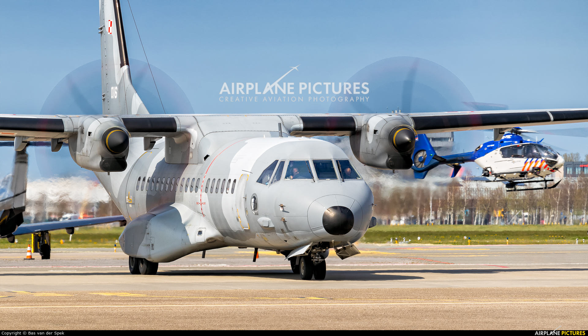 Poland - Air Force 016 aircraft at Amsterdam - Schiphol