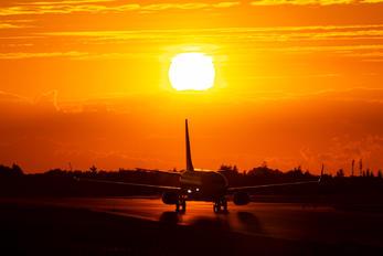 SP-RSV - Ryanair Sun Boeing 737-800