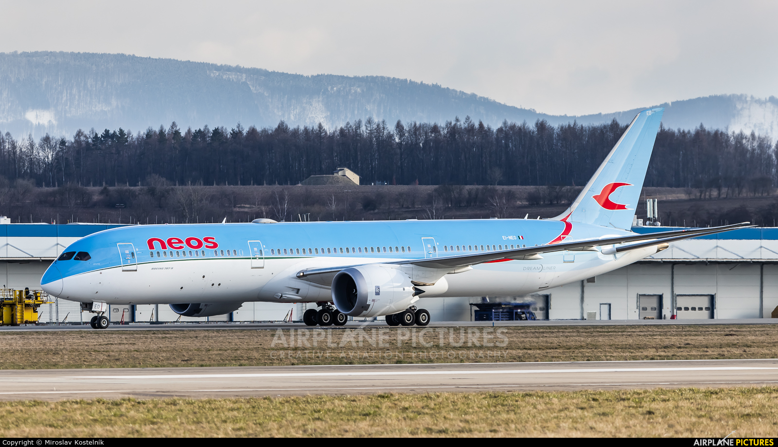 Neos EI-NEO aircraft at Ostrava Mošnov