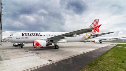 VP-BKY - Volotea Airlines Airbus A320