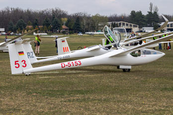 D-5153 - Private Glaser-Dirks DG-200