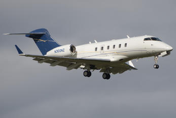 N300NZ - Private Bombardier Bombardier Challenger 300 (BD-100-1A10)