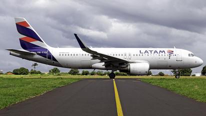 PR-TYD - LATAM Brasil Airbus A320