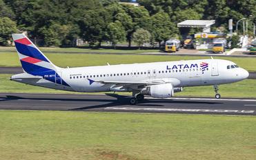 PR-MYI - LATAM Brasil Airbus A320