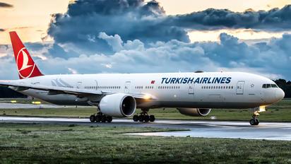 TC-JJM - Turkish Airlines Boeing 777-300ER