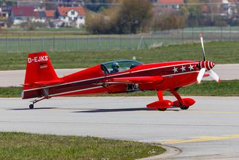 D-EJKS - Private Extra 300S, SC, SHP, SR