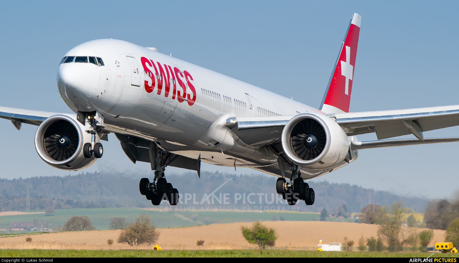 Swiss HB-JNK aircraft at Zurich