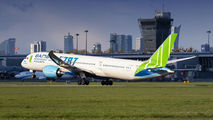 Bamboo Airways VN-A819 image