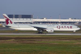 A7-BEV - Qatar Airways Boeing 777-300ER