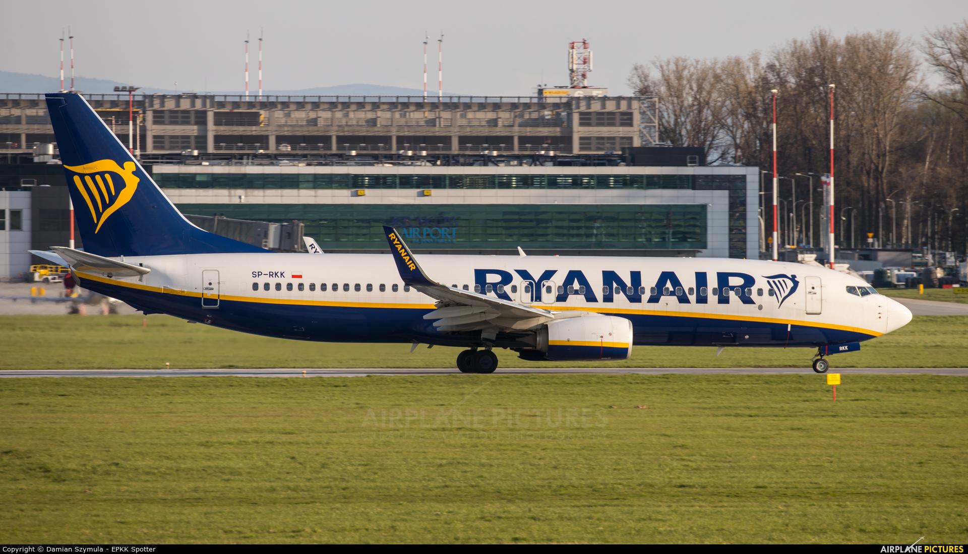 Ryanair Sun SP-RKK aircraft at Kraków - John Paul II Intl