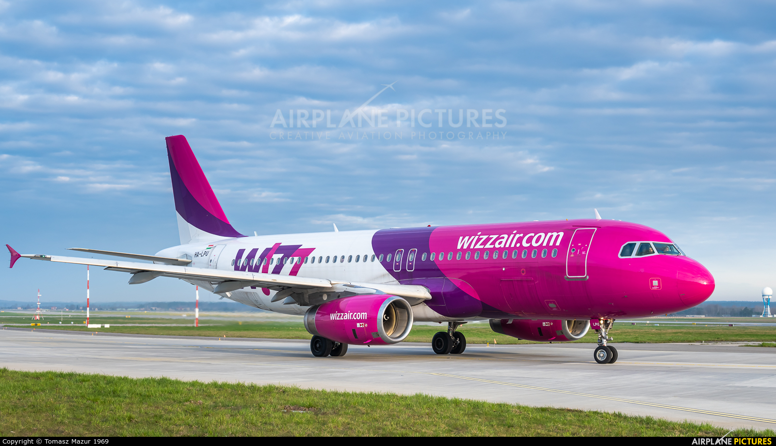 Wizz Air HA-LPU aircraft at Katowice - Pyrzowice