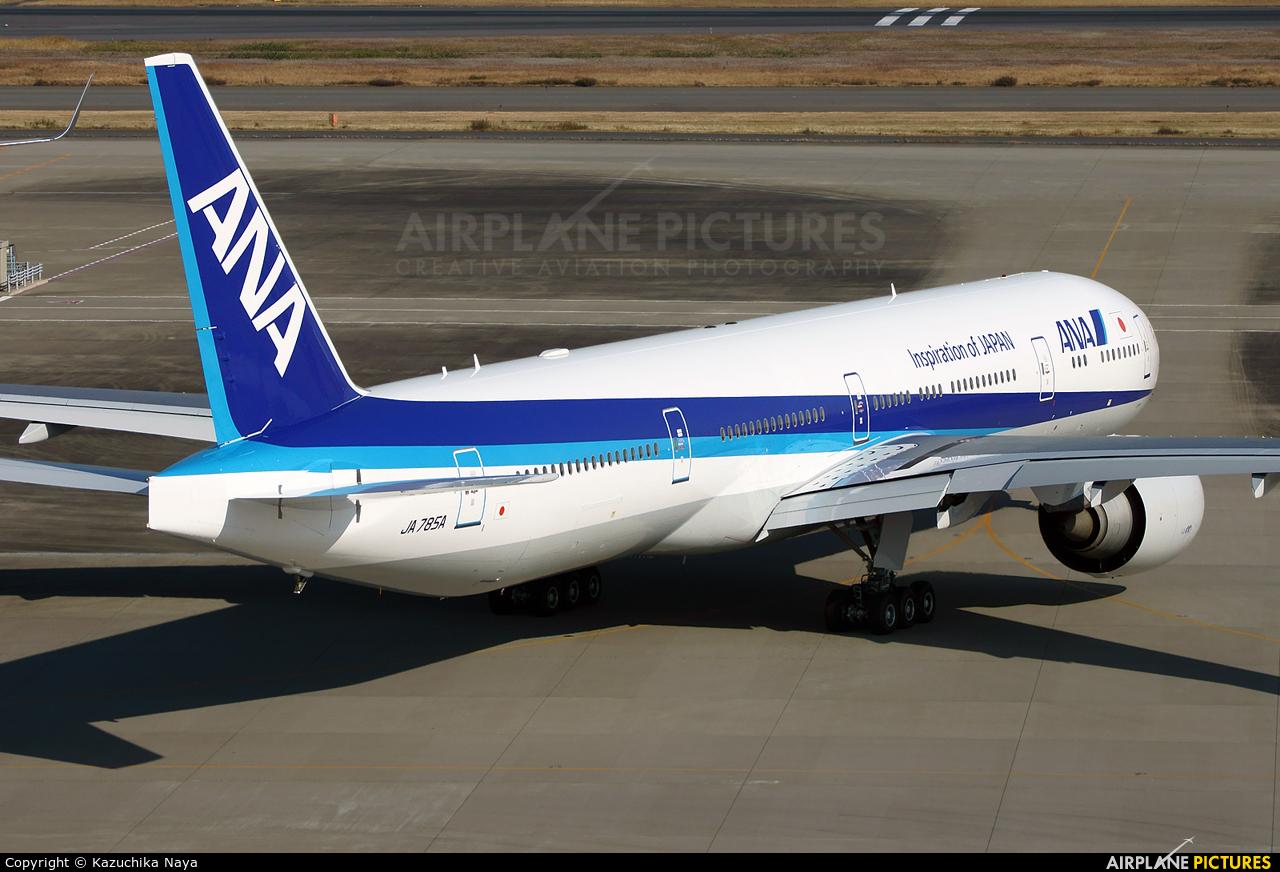 ANA - All Nippon Airways JA785A aircraft at Tokyo - Haneda Intl