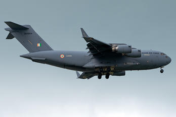 CB-8004 - India - Air Force Boeing C-17A Globemaster III