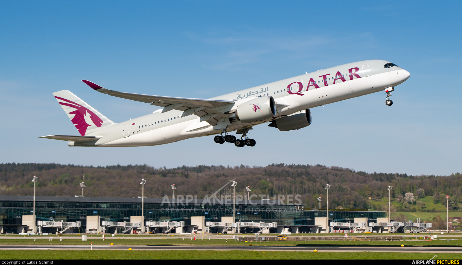 Qatar Airways A7-ALT aircraft at Zurich