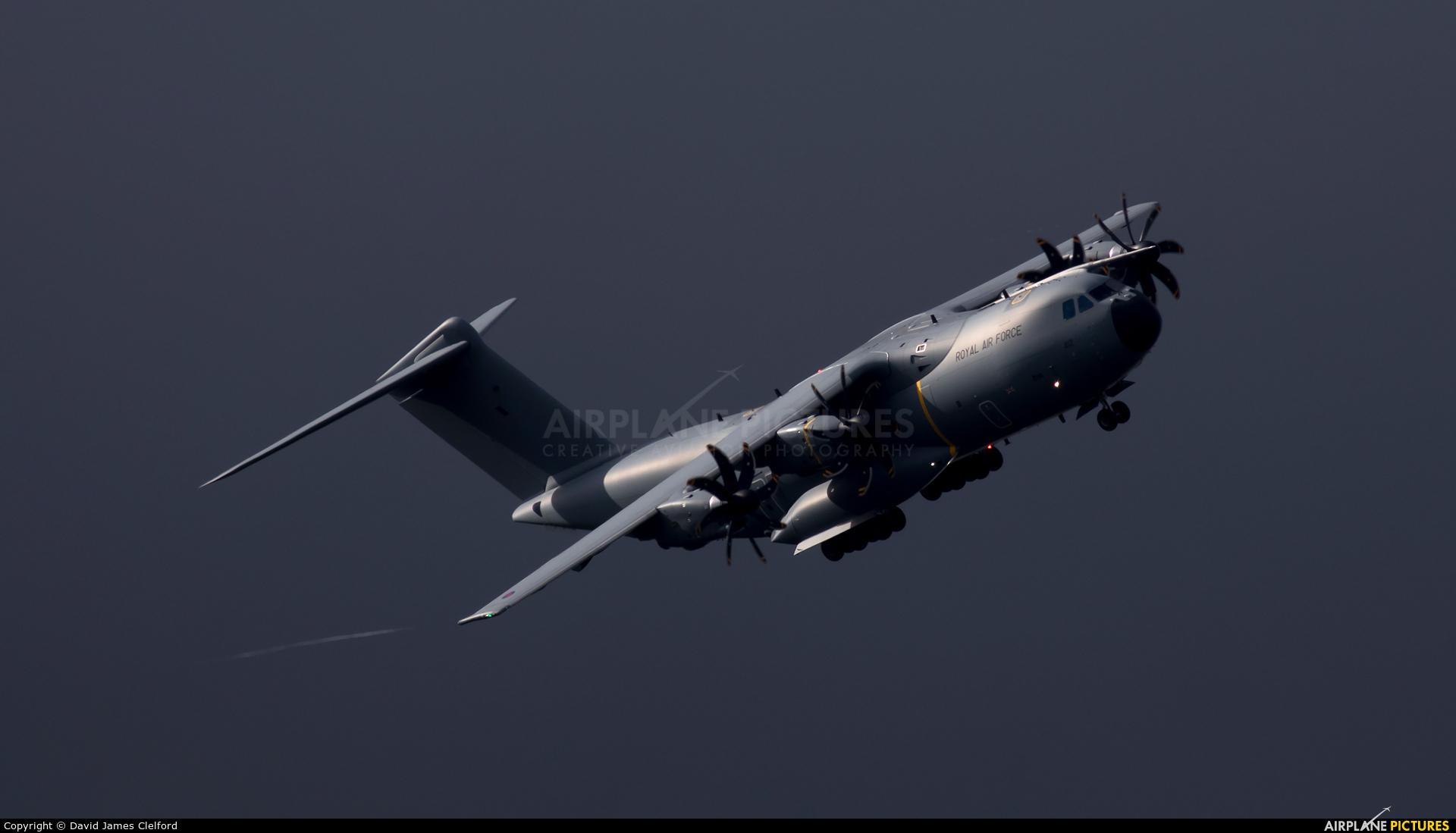 Royal Air Force ZM412 aircraft at
