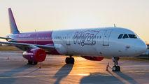 HA-LXY - Wizz Air Airbus A321 aircraft