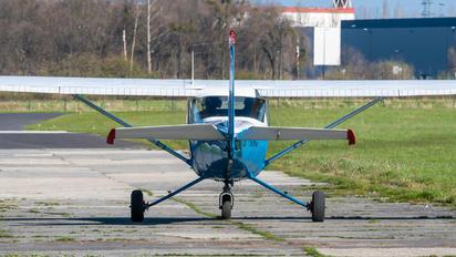 SP-KNC - Private Cessna 150