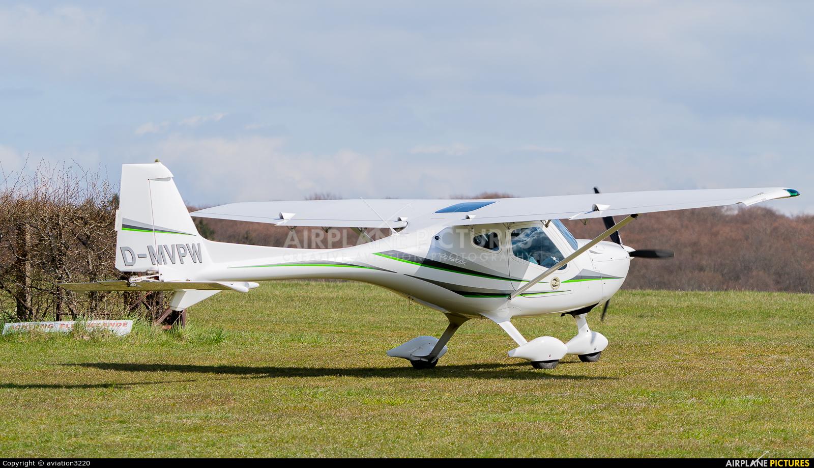 Private D-MVPW aircraft at Waren - Vielist
