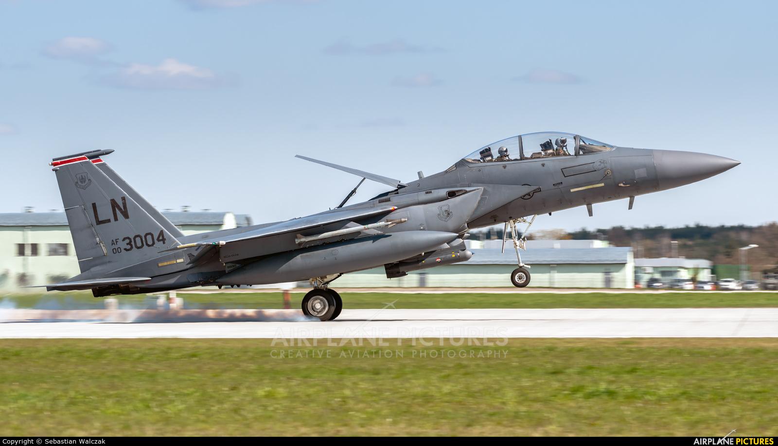 USA - Air Force 00-3004 aircraft at Łask AB