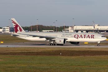 A7-BES - Qatar Airways Boeing 777-300ER