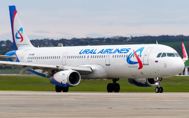 VP-BSW - Ural Airlines Airbus A321