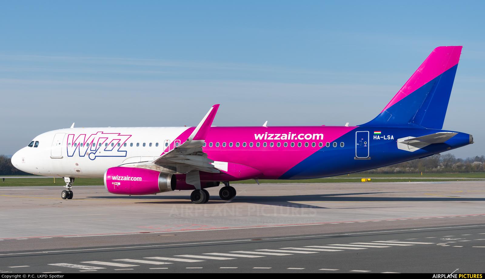 Wizz Air HA-LSA aircraft at Pardubice