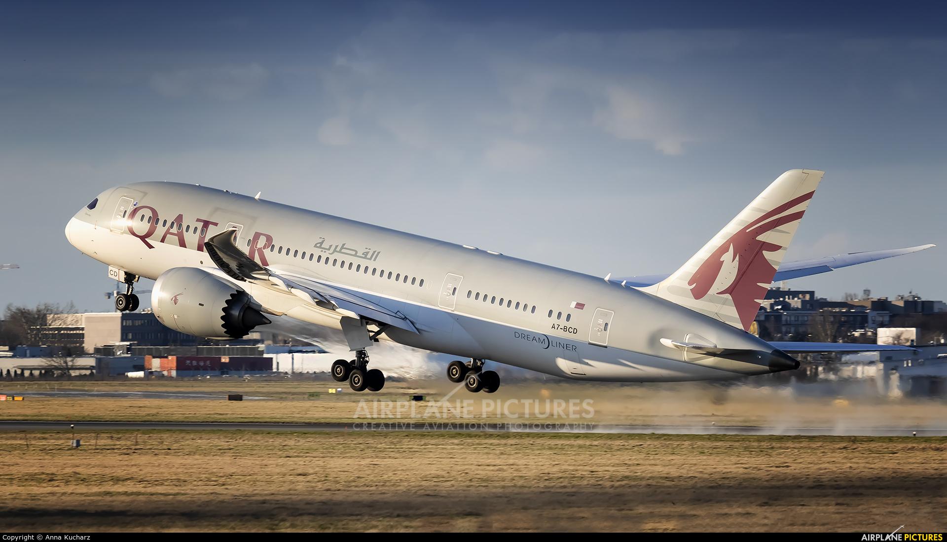 Qatar Airways A7-BCD aircraft at Warsaw - Frederic Chopin