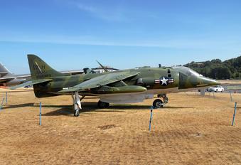 158977 - USA - Marine Corps Hawker Siddeley AV-8C Harrier
