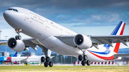 F-RARB - France - Air Force Airbus A330-200