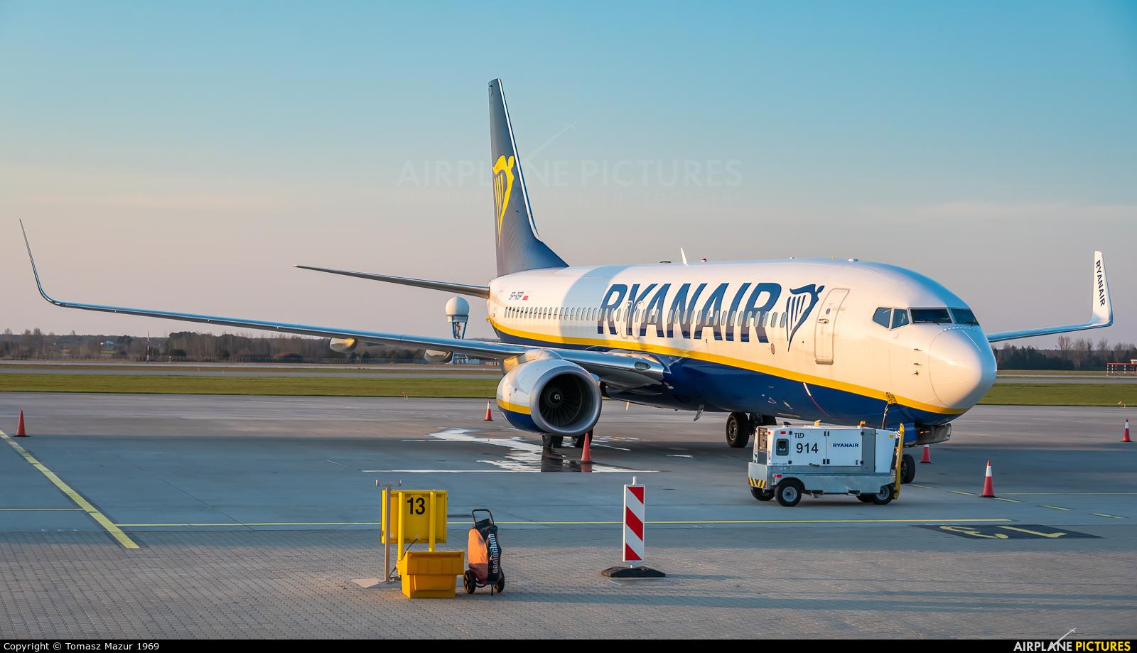 Ryanair Sun SP-RSP aircraft at Katowice - Pyrzowice