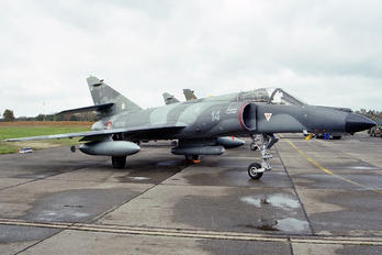 14 - France - Navy Dassault Super Etendard