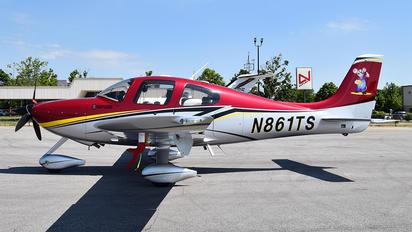 N861TS - Private Cirrus SR22