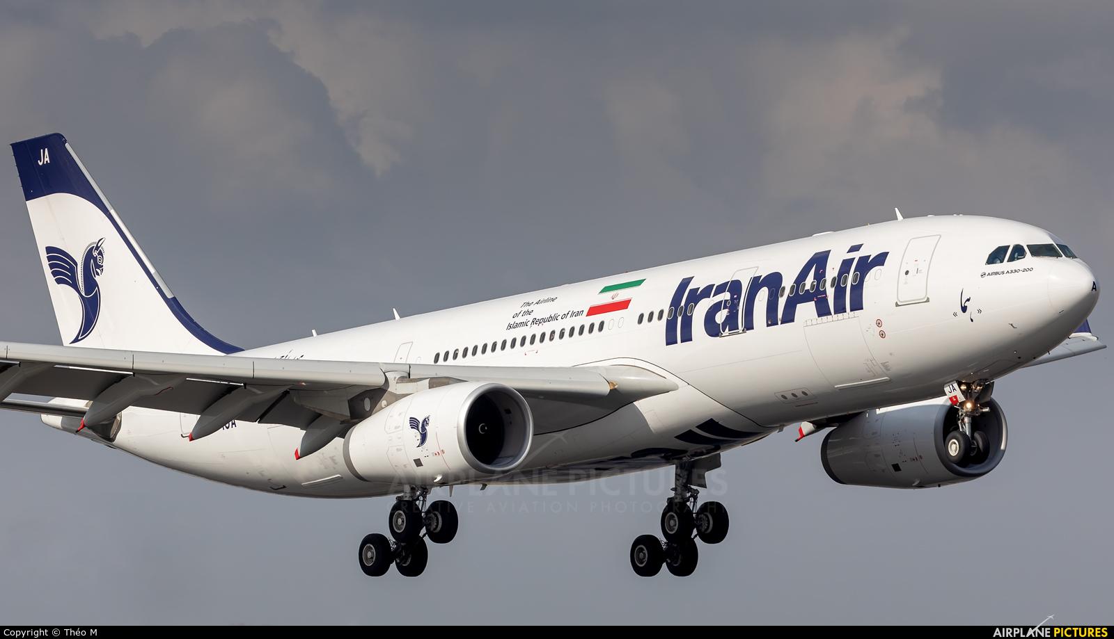Iran Air EP-IJA aircraft at Paris - Charles de Gaulle