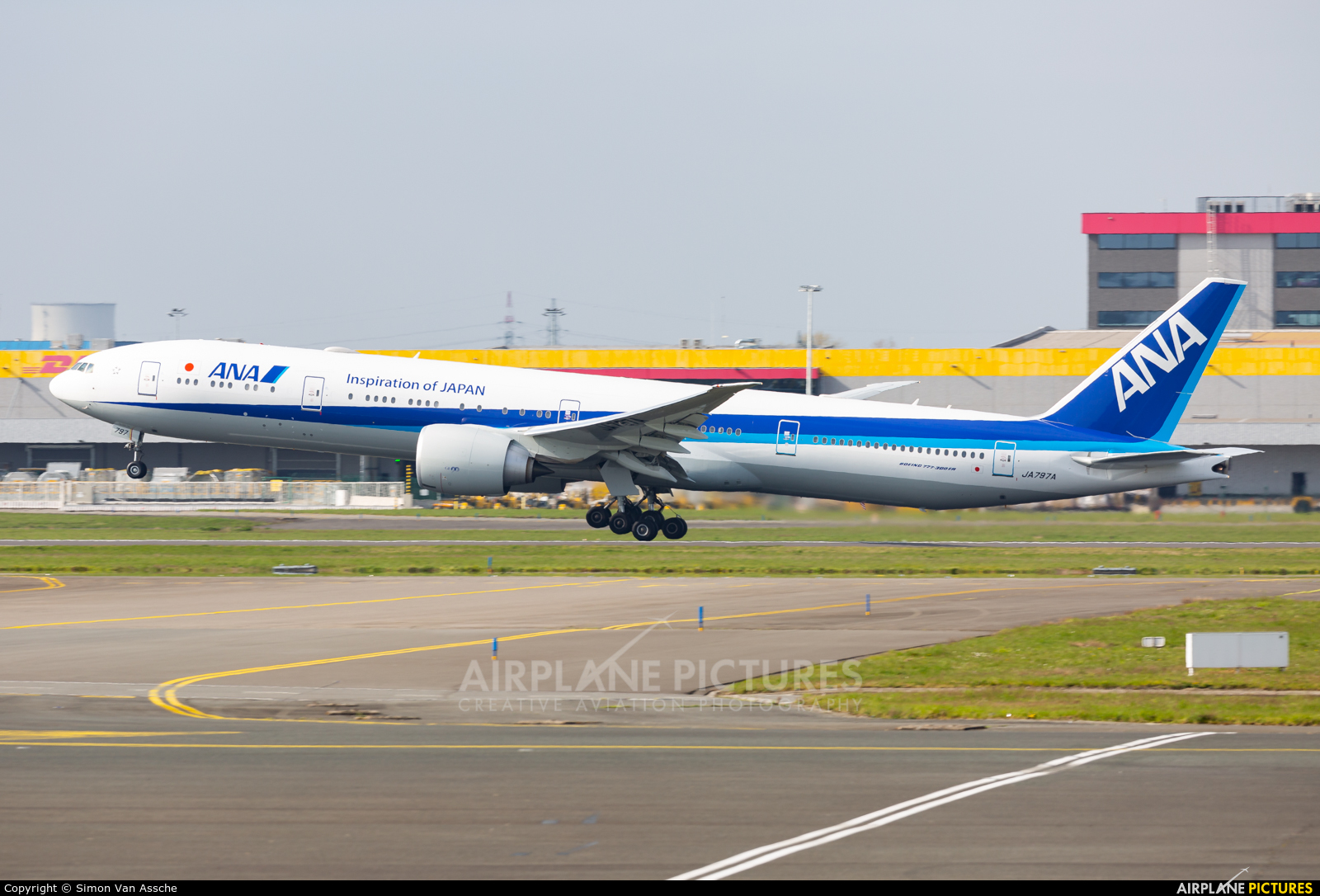ANA - All Nippon Airways JA797A aircraft at Brussels - Zaventem