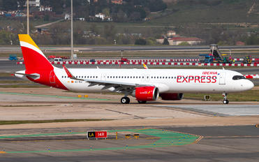 EC-NJI - Iberia Express Airbus A321 NEO