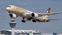 A6-BLN - Etihad Airways Boeing 787-9 Dreamliner aircraft
