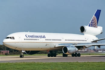 N15069 - Continental Airlines McDonnell Douglas DC-10-30