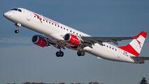 Austrian Airlines/Arrows/Tyrolean OE-LWM image