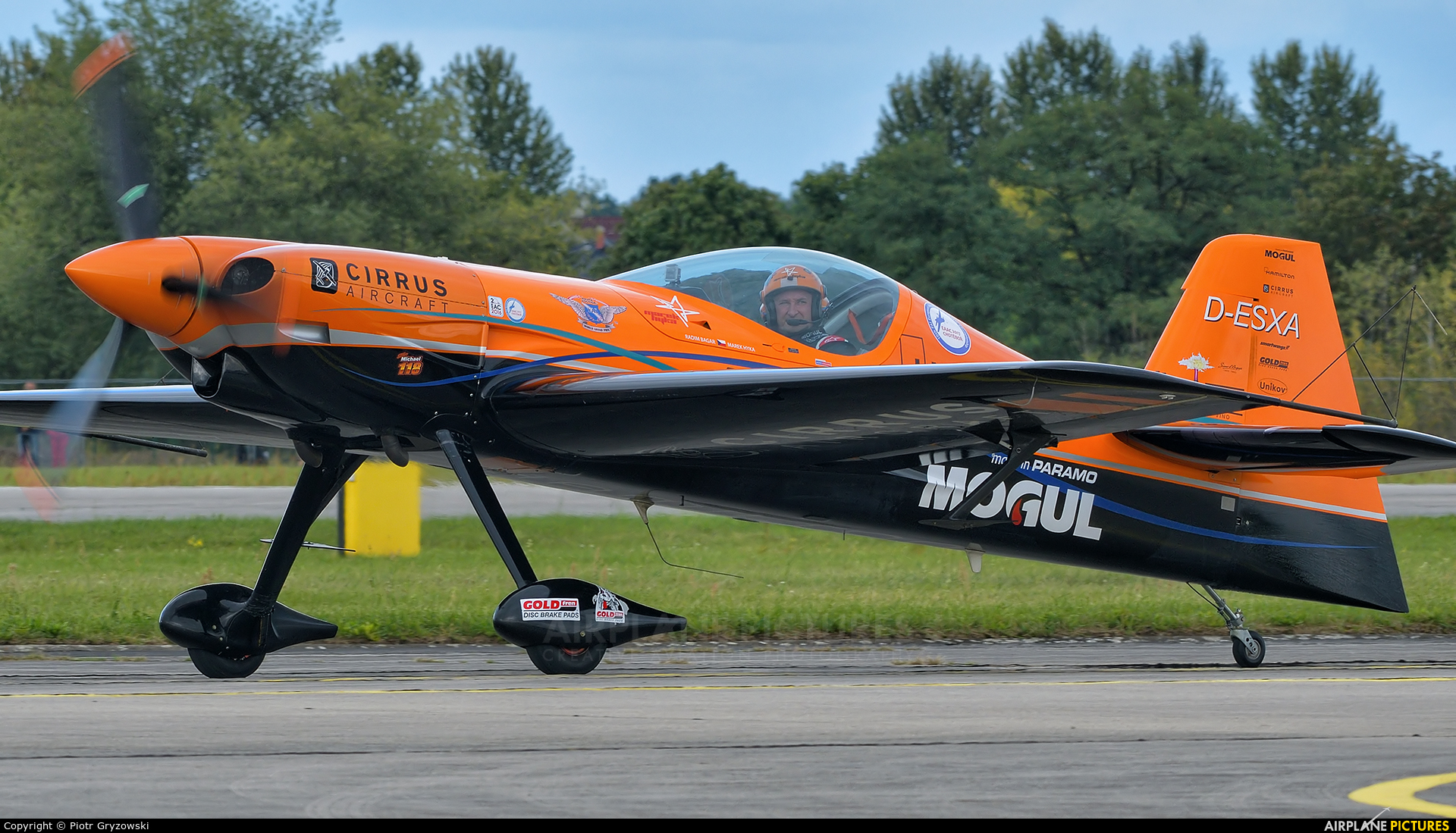 Private D-ESXA aircraft at Hradec Králové