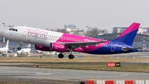 HA-LWO - Wizz Air Airbus A320 aircraft