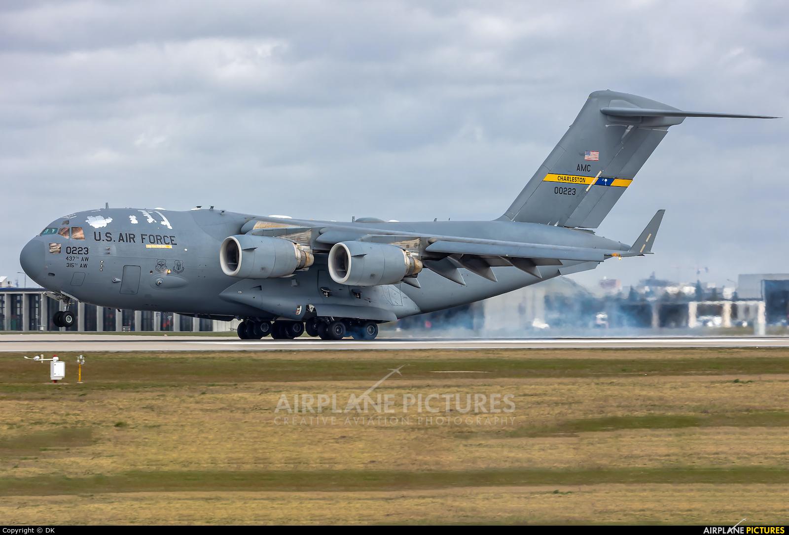 USA - Air Force 10-0223 aircraft at Berlin - Brandenburg