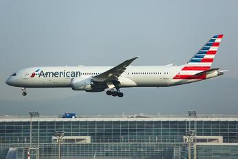 N826AN - American Airlines Boeing 787-9 Dreamliner