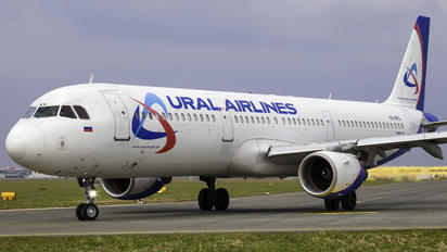 VQ-BKG - Ural Airlines Airbus A321
