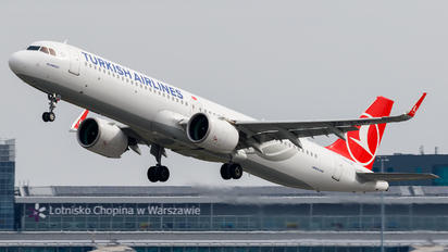 TC-LSC - Turkish Airlines Airbus A321 NEO