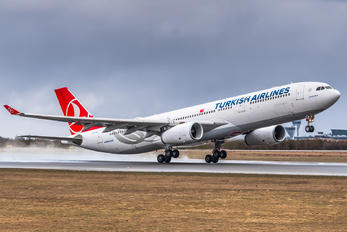TC-JNK - Turkish Airlines Airbus A330-300