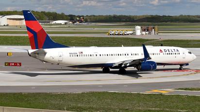 N860DN - Delta Air Lines Boeing 737-900ER