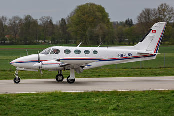 HB-LNW - Private Cessna 340