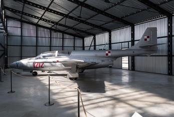 1212 - Poland - Air Force PZL TS-11 Iskra