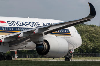 9V-SML - Singapore Airlines Airbus A350-900